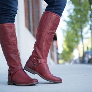 NWT/B Frye Phillip Harness Tall Boots Blunt Red 6